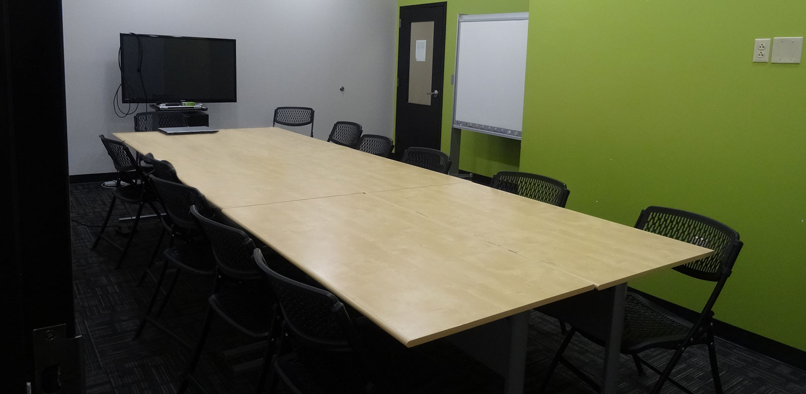 13 Conference & Meeting Rooms